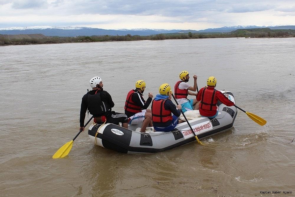 2019/04/murat-nehrinde-rafting-heyecani-20190424AW68-4.jpg