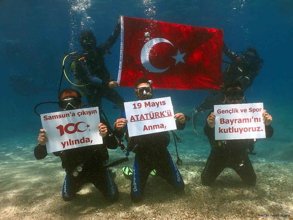 2019/05/100yilda-deniz-dibinde-turk-bayragi-actilar-20190519AW70-8.jpg