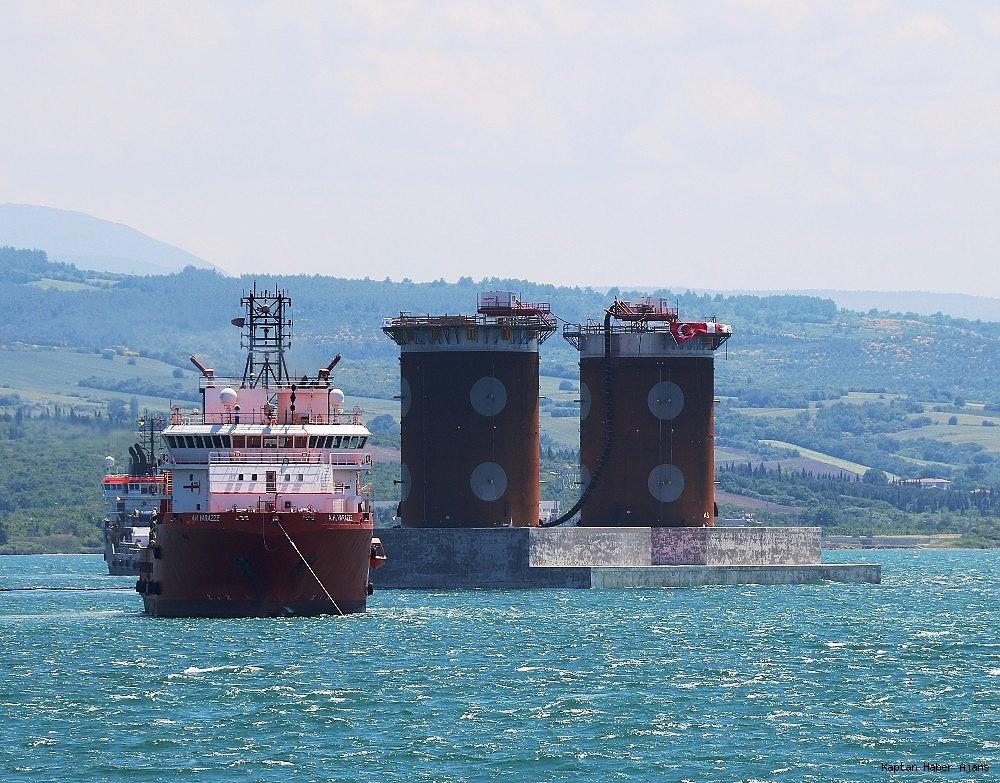 2019/05/1915-canakkale-koprusunun-asya-yakasinindaki-kule-kesonunun-denize-batirilmasi-basladi-20190525AW71-3.jpg