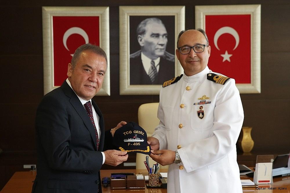 2019/05/baskan-bocek-denizkurdu-turk-donanmasinin-gucunu-dunyaya-gosterdi-20190521AW70-3.jpg