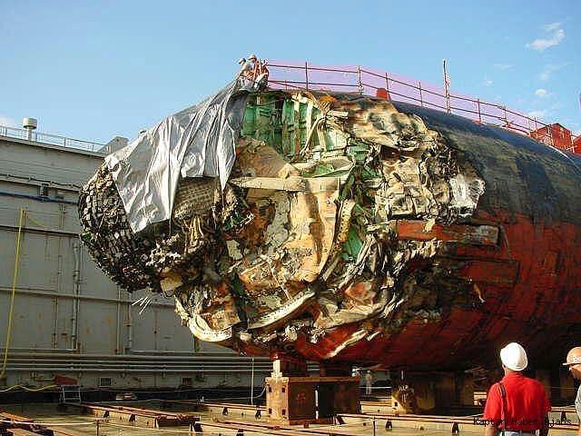 2019/05/buz-dagina-carpan-amerikan-denizaltisinin-fotograflari-yayinladi-20190528AW71-1.jpg