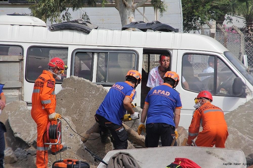 2019/05/denizkurdu-2019da-gercegini-aratmayan-deprem-tatbikati-20190519AW70-10.jpg