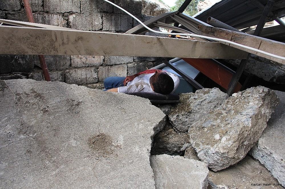 2019/05/denizkurdu-2019da-gercegini-aratmayan-deprem-tatbikati-20190519AW70-2.jpg