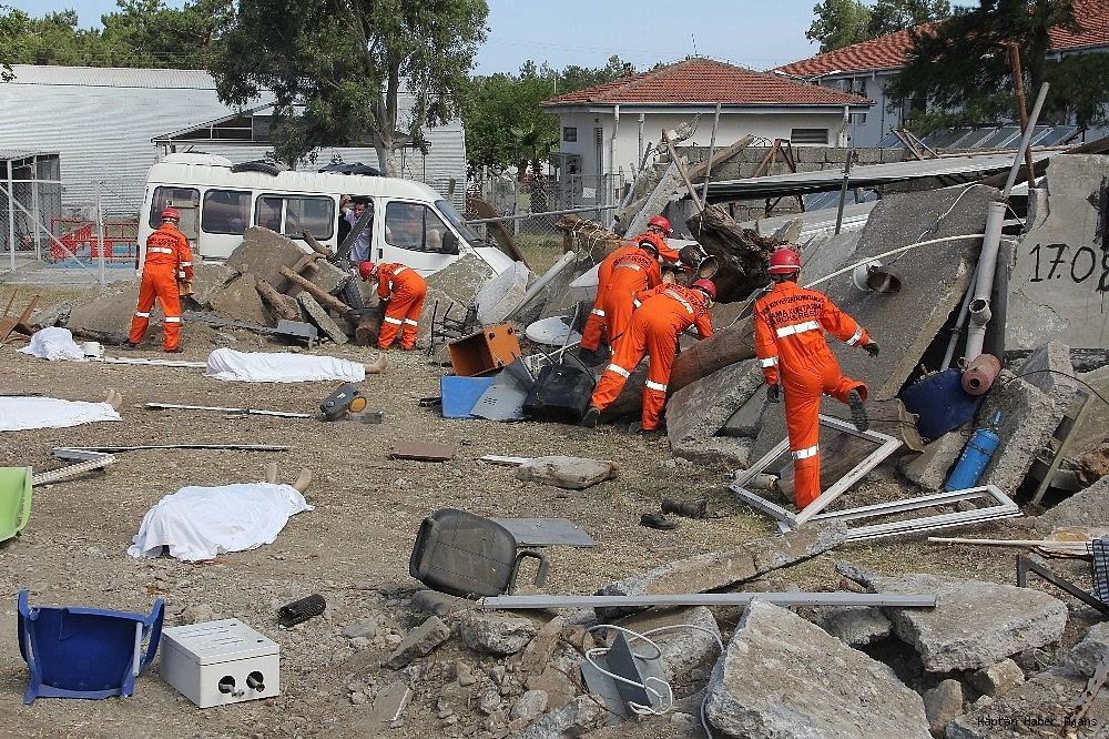 2019/05/denizkurdu-2019da-gercegini-aratmayan-deprem-tatbikati-20190519AW70-6.jpg
