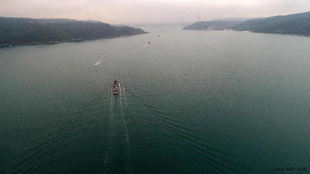 2019/05/donanma-gemileri-istanbul-bogazindan-geciyor-20190525AW71-1.jpg