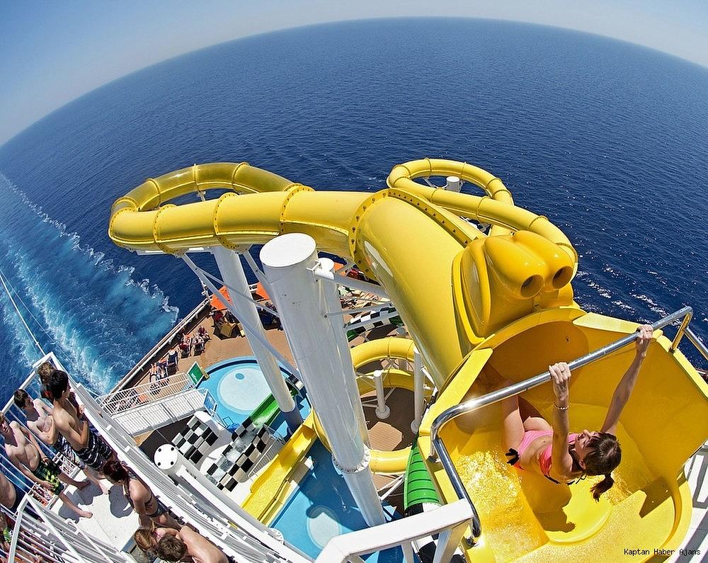 2019/05/dunyanin-onde-gelen-cruise-gemilerinde-polin-waterparks-imzasi-20190514AW70-2.jpg