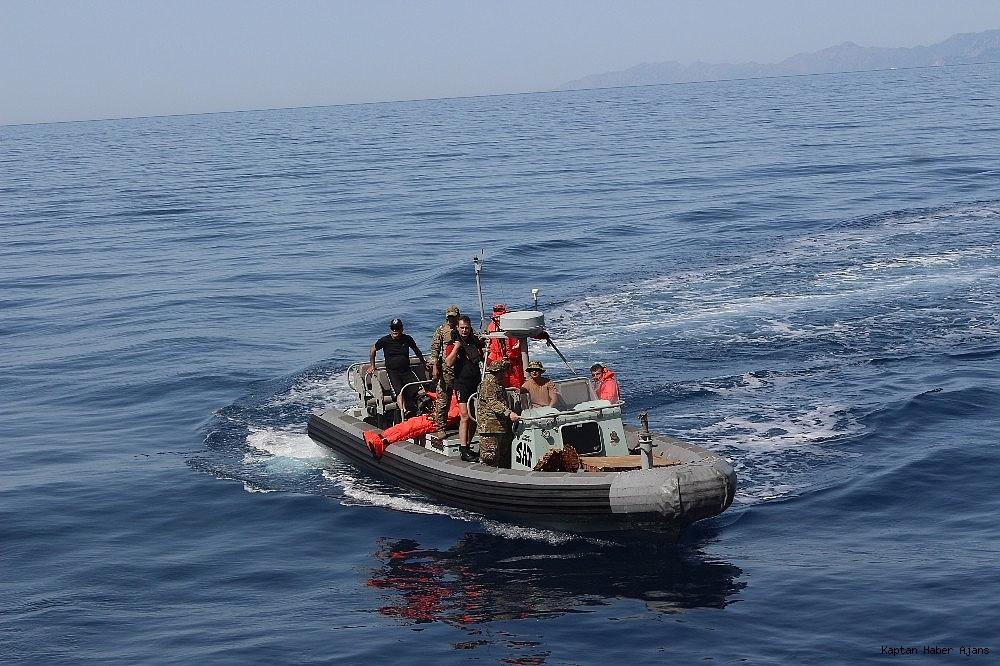 2019/05/kurtaran-2019da-denizalti-tahliye-ve-kurtarma-yardim-timi-goz-doldurdu-20190529AW71-5.jpg
