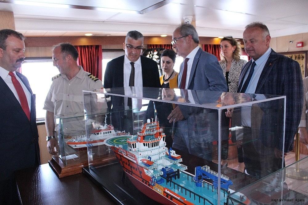 2019/05/zubeyde-hanim-gemisi-anneler-gununde-hizmete-acildi-20190512AW70-9.jpg