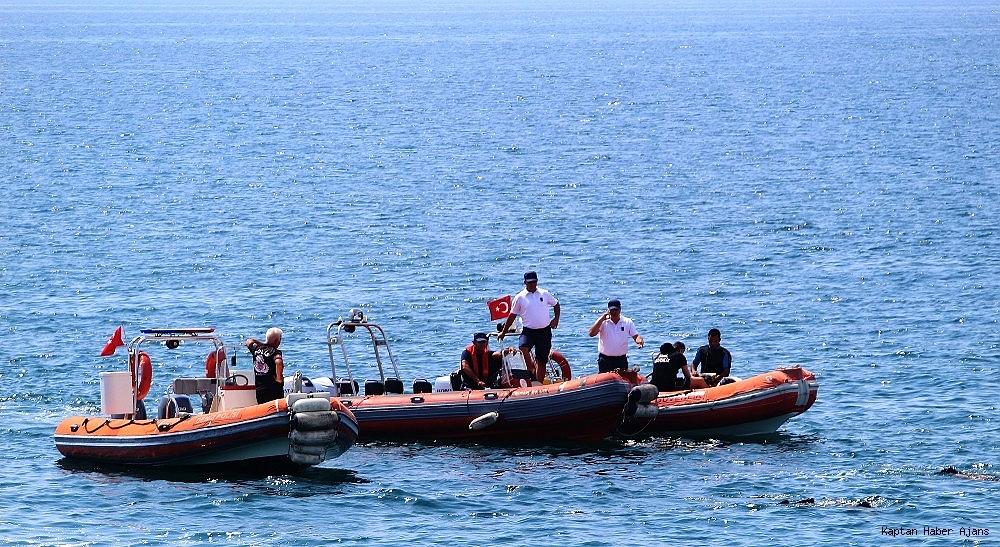 2019/06/antalyada-denizde-supheli-cisim-polisi-alarma-gecirdi-20190620AW73-1.jpg