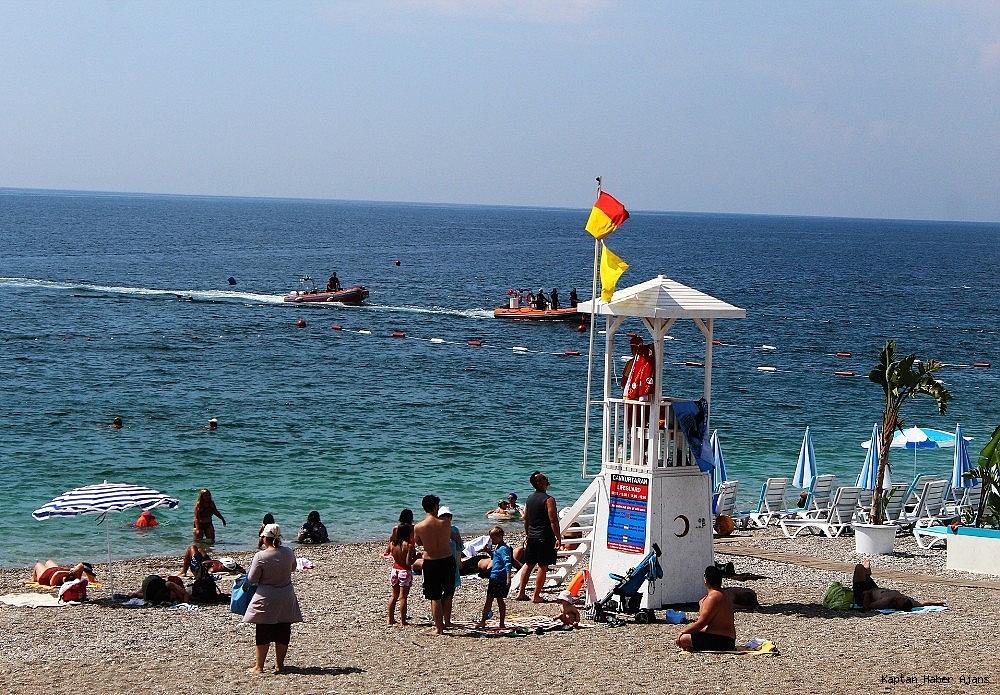 2019/06/antalyada-denizde-supheli-cisim-polisi-alarma-gecirdi-20190620AW73-2.jpg