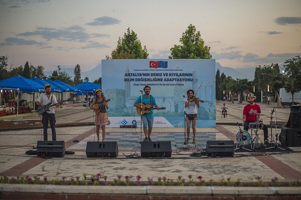 2019/06/iklim-degisikligi-ve-denizlerimiz-festivali-sona-erdi-20190615AW72-2.jpg