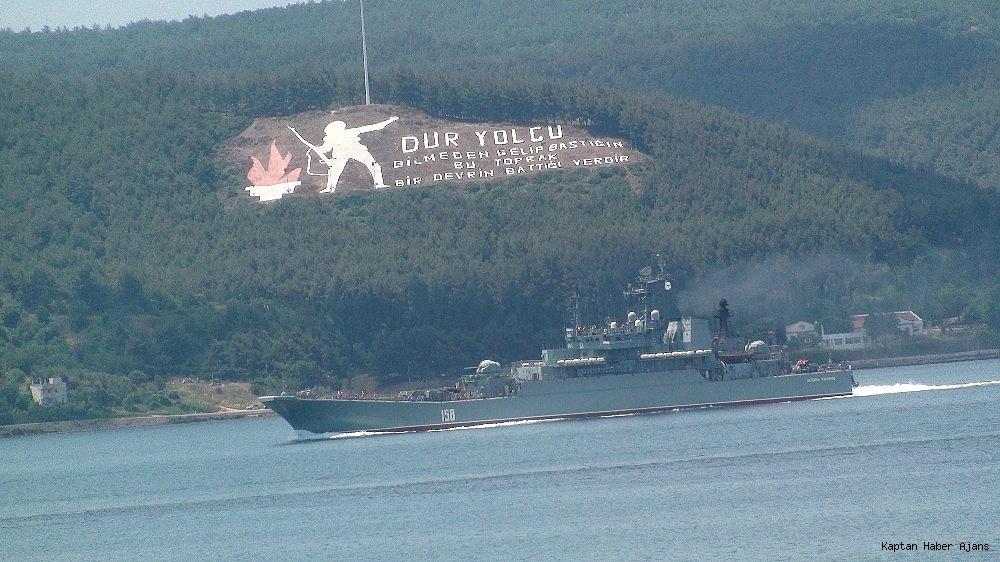 2019/06/rus-savas-gemileri-canakkaleden-gecti-20190614AW72-3.jpg
