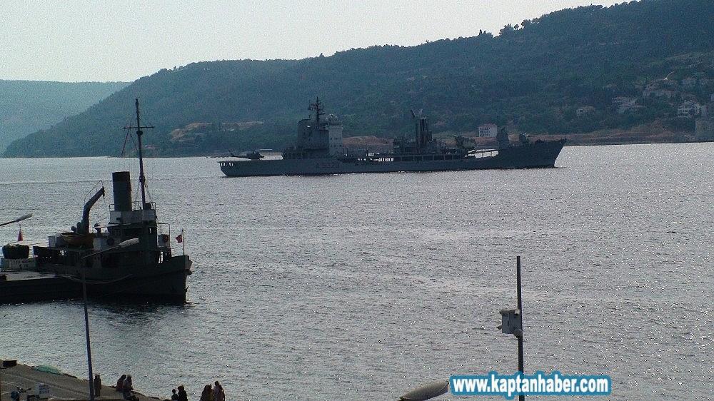 2019/07/natoya-bagli-savas-gemileri-canakkale-bogazindan-gecti-20190710AW75-1.jpg