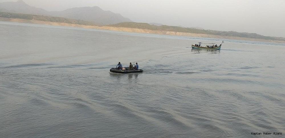 2019/07/pakistandaki-tekne-kazasinda-bilanco-yukseliyor-30-olu-20190704AW74-1.jpg