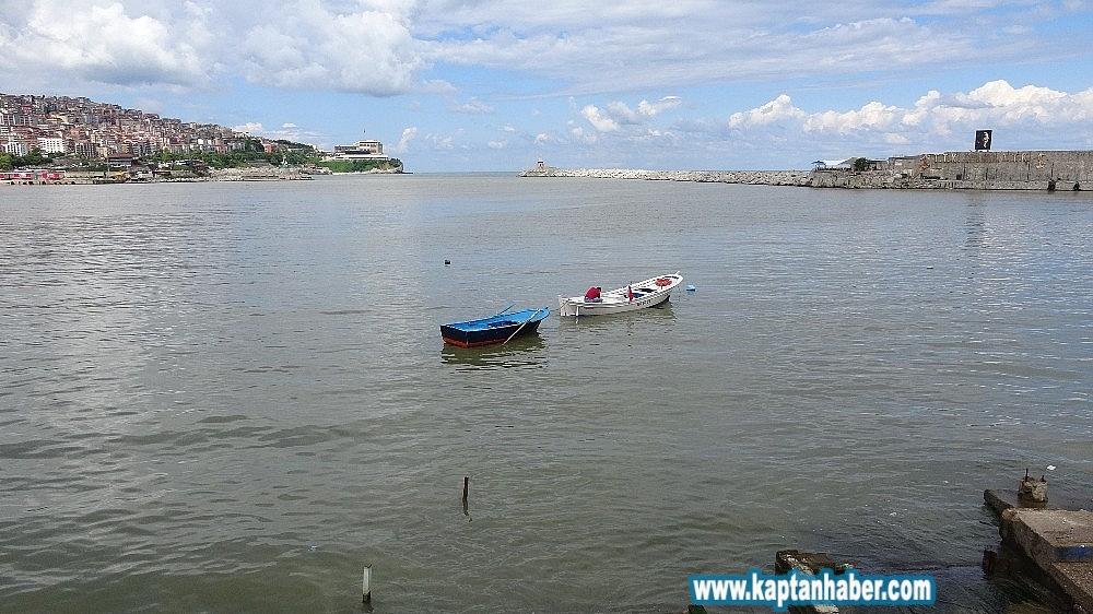 2019/07/zonguldakta-deniz-yagmurun-ardindan-camur-rengine-boyandi-20190712AW75-4.jpg