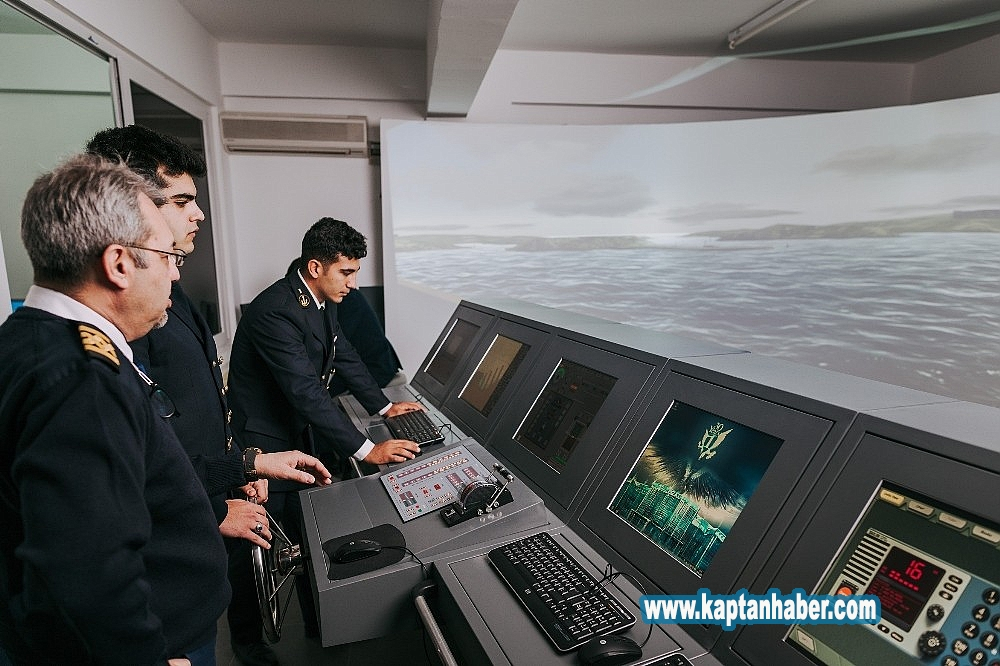 2019/08/ogrenciler-denizcilik-sektorune-tam-donanimli-hazirlaniyor-20190819AW78-1.jpg