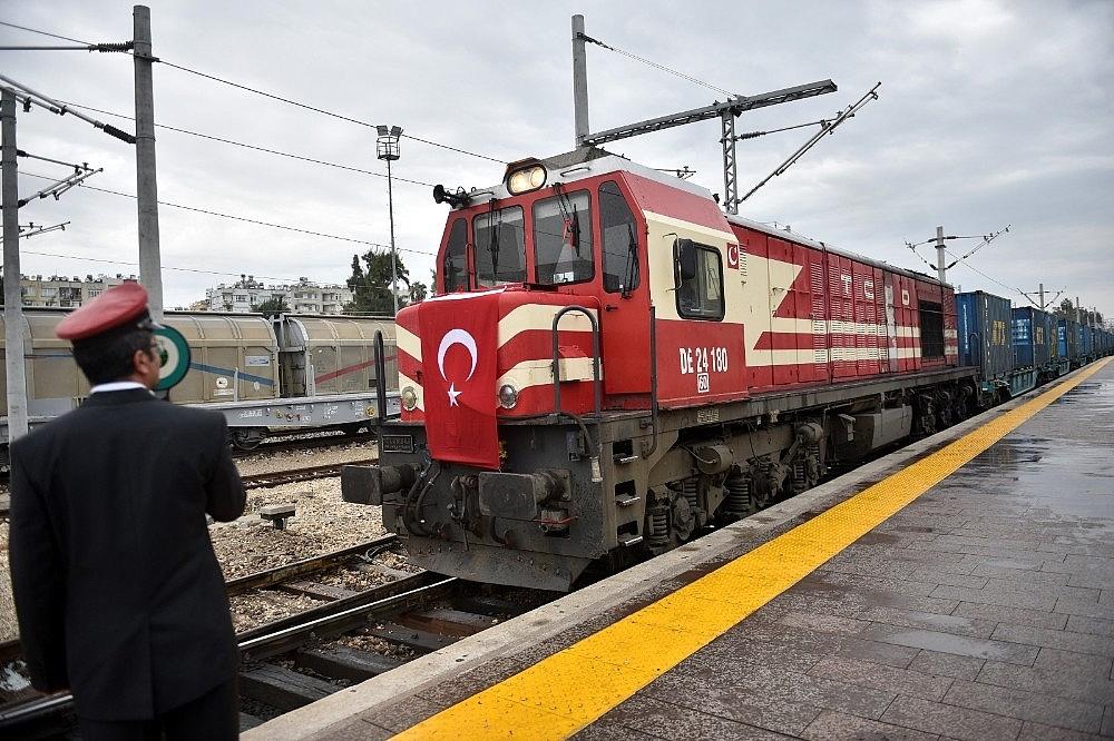 2020/05/baku-tiflis-kars-demiryolu-hattinin-kapasitesi-artirildi-20200513AW01-1.jpg