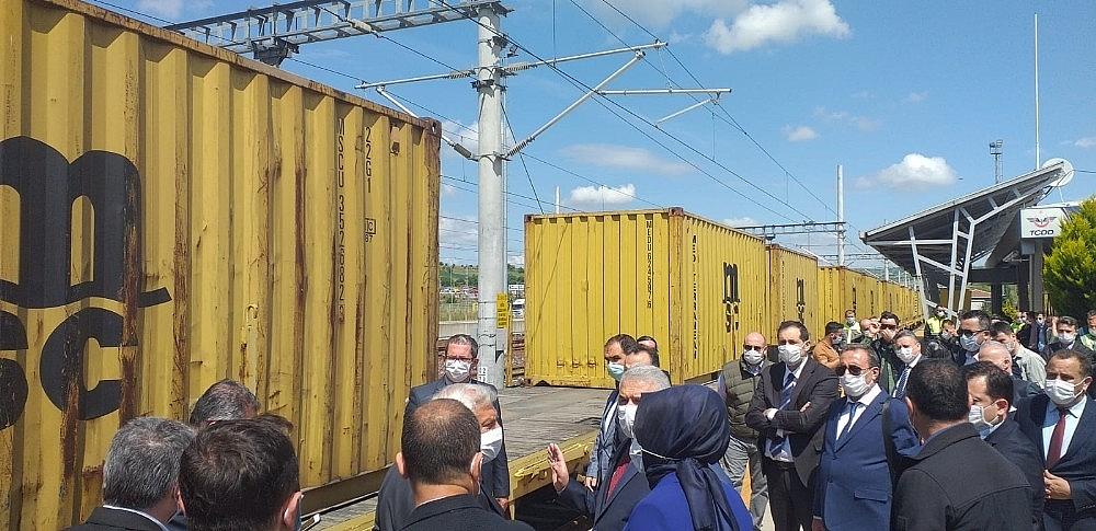 2020/05/denizyoluyla-tasinacak-konteyner-tren-tekirdagda-20200529AW02-4.jpg