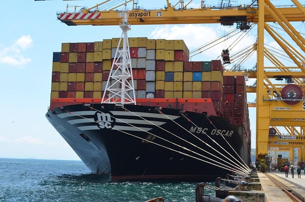 2020/05/dunyanin-en-buyuk-konteyner-gemisi-tekirdagda-20200522AW02-1.jpg