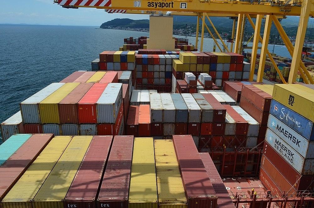 2020/05/dunyanin-en-buyuk-konteyner-gemisi-tekirdagda-20200522AW02-7.jpg