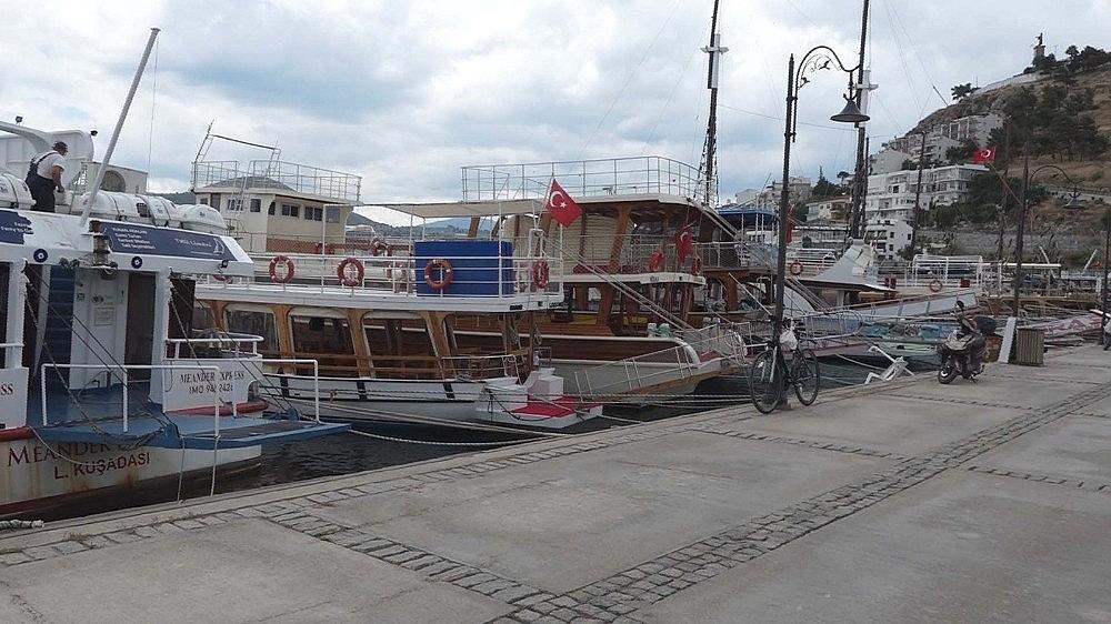 2020/05/ticari-yatlar-ve-gezi-tekneleri-1-haziranda-faaliyetlerine-yeniden-baslayacak-20200528AW02-2.jpg
