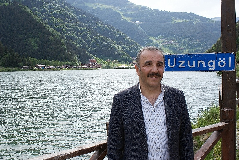 2020/06/dunyaca-unlu-turizm-merkezi-uzungol-ziyaretcilerini-bekliyor-20200603AW03-1.jpg