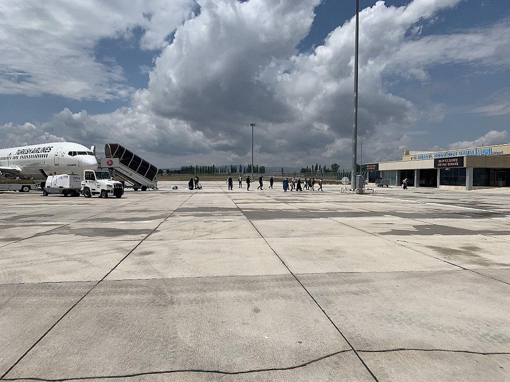 2020/06/merzifon-havalimaninda-ucus-seferleri-tekrar-basladi-20200604AW03-1.jpg