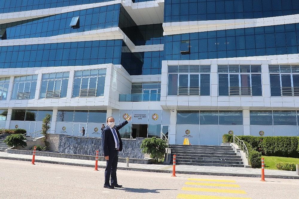 2020/06/turkiyede-kamu-binalari-arasinda-ilk-yesil-bina-sertifikasini-afyonkarahisar-ticaret-ve-sanayi-odasi-aldi-20200606AW03-1.jpg