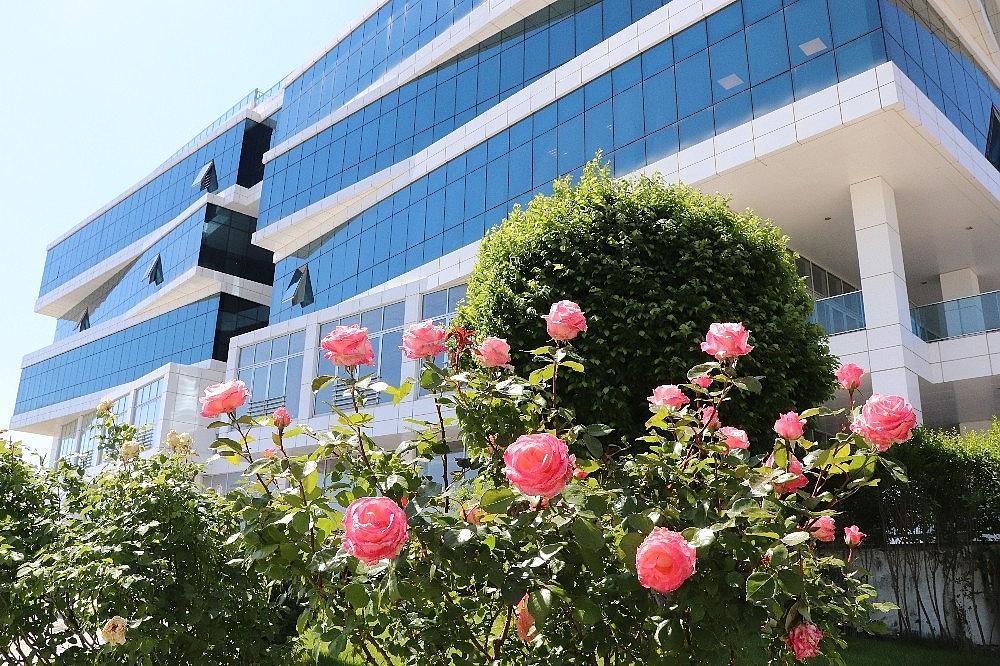 2020/06/turkiyede-kamu-binalari-arasinda-ilk-yesil-bina-sertifikasini-afyonkarahisar-ticaret-ve-sanayi-odasi-aldi-20200606AW03-4.jpg