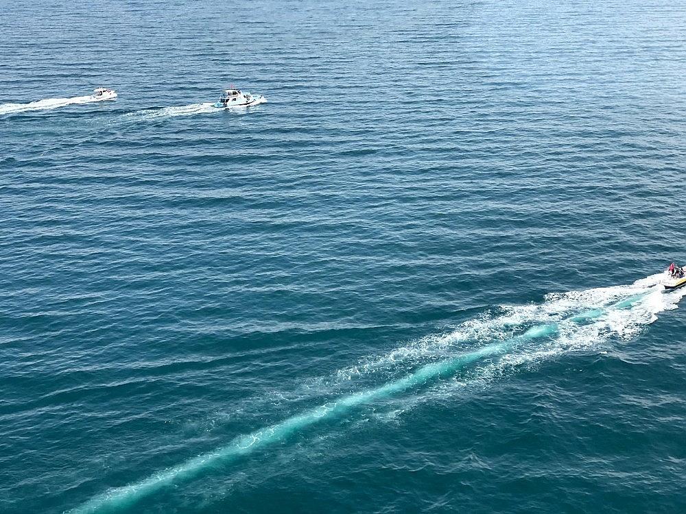 2020/07/gocmenleri-tasiyan-batik-tekneyi-arama-calismalari-devam-ediyor-20200701AW05-4.jpg