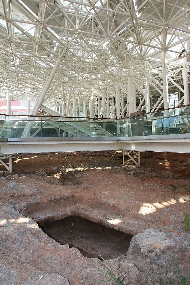 2020/07/nekropol-alaninda-2-bin-500-yillik-tarihi-yolculuk-gun-sayiyor-20200706AW05-5.jpg