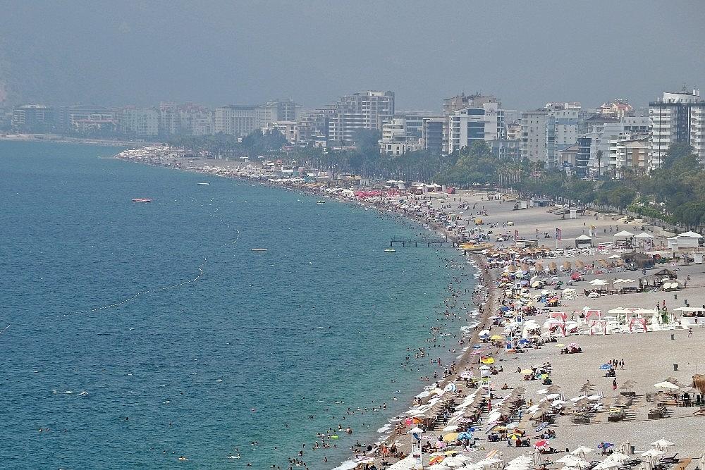 2020/08/antalya-sahillerinde-eskiye-donus-20200802AW08-1.jpg