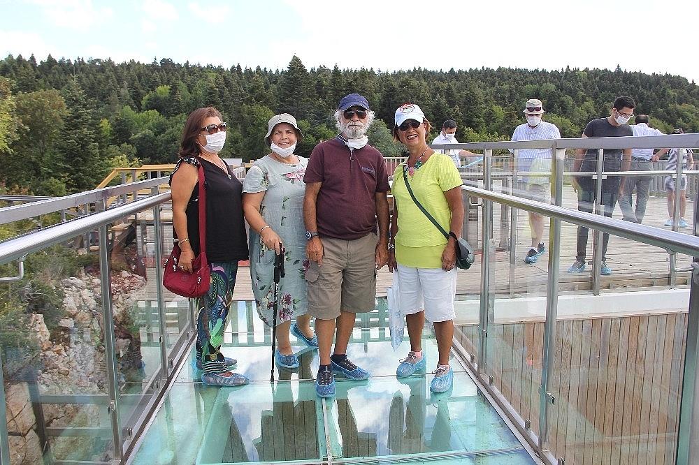 2020/08/kamp-karavan-turizminin-ilgisi-karadenize-yoneldi-20200817AW09-4.jpg