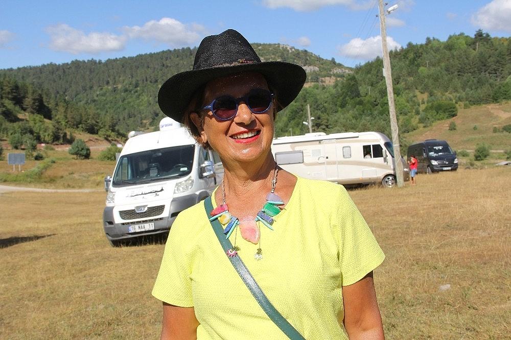 2020/08/kamp-karavan-turizminin-ilgisi-karadenize-yoneldi-20200817AW09-8.jpg