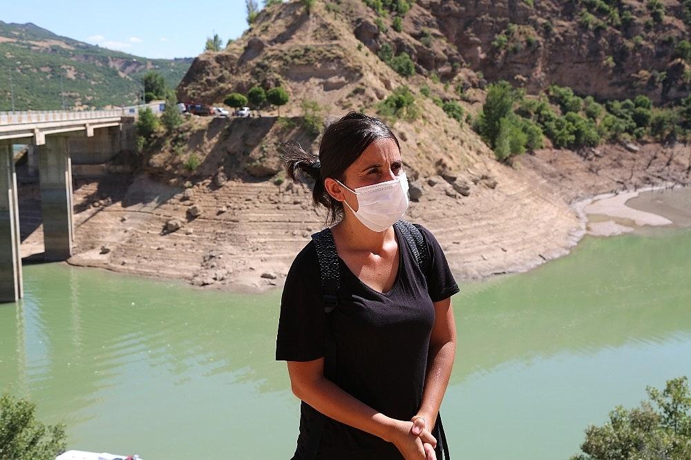 2020/08/kayip-gulistan-baraj-golunde-didik-didik-araniyor-20200808AW08-4.jpg