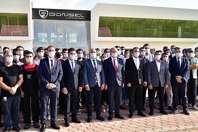 2020/10/cumhurbaskani-ersin-tatar-kktcnin-yerli-otomobili-ile-test-surusu-gerceklestirdi-20201029AW15-4.jpg