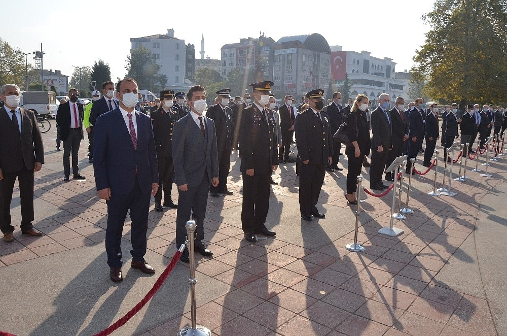 2020/10/fatsada-cumhuriyet-bayrami-coskusu-20201029AW15-3.jpg