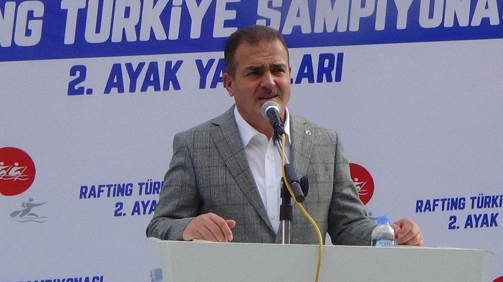 2020/10/hakkaride-duzenlenen-turkiye-rafting-sampiyonasi-sona-erdi-20201029AW15-5.jpg