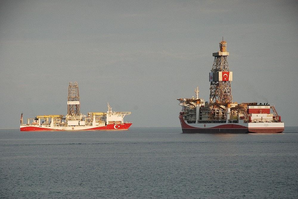 2020/10/kanuni-sondaj-gemisi-mersinden-demir-aldi-20201013AW13-2.jpg