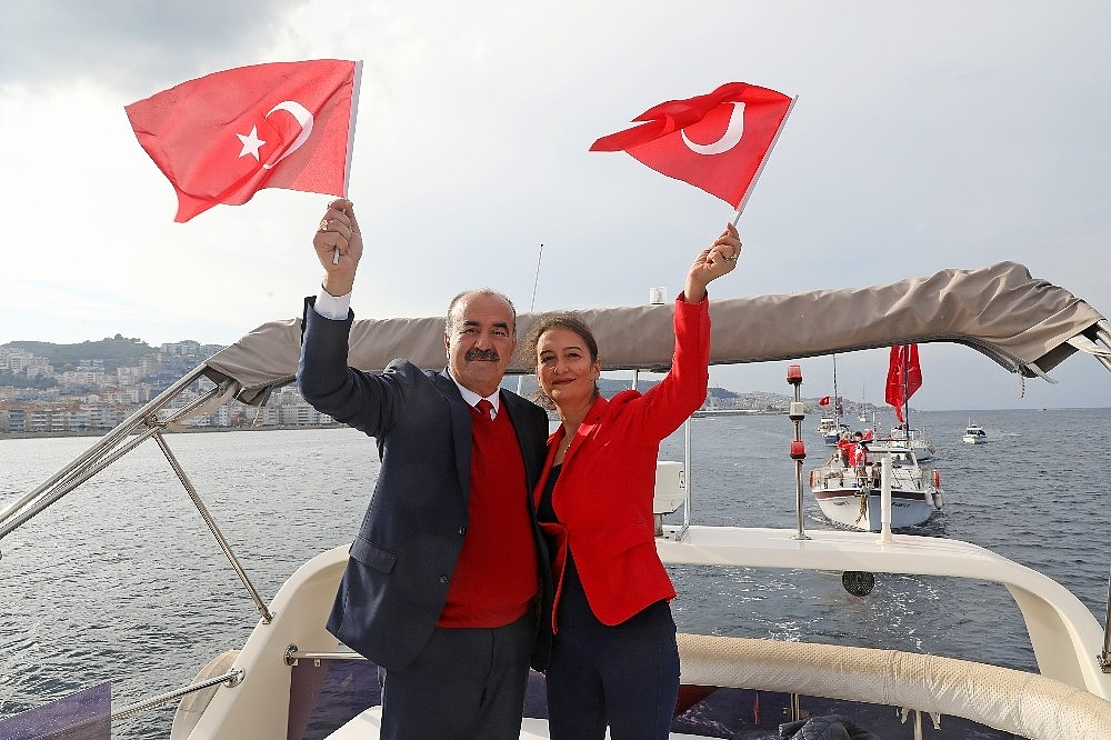 2020/10/mudanyada-teknelerle-cumhuriyet-korteji-20201029AW15-1.jpg