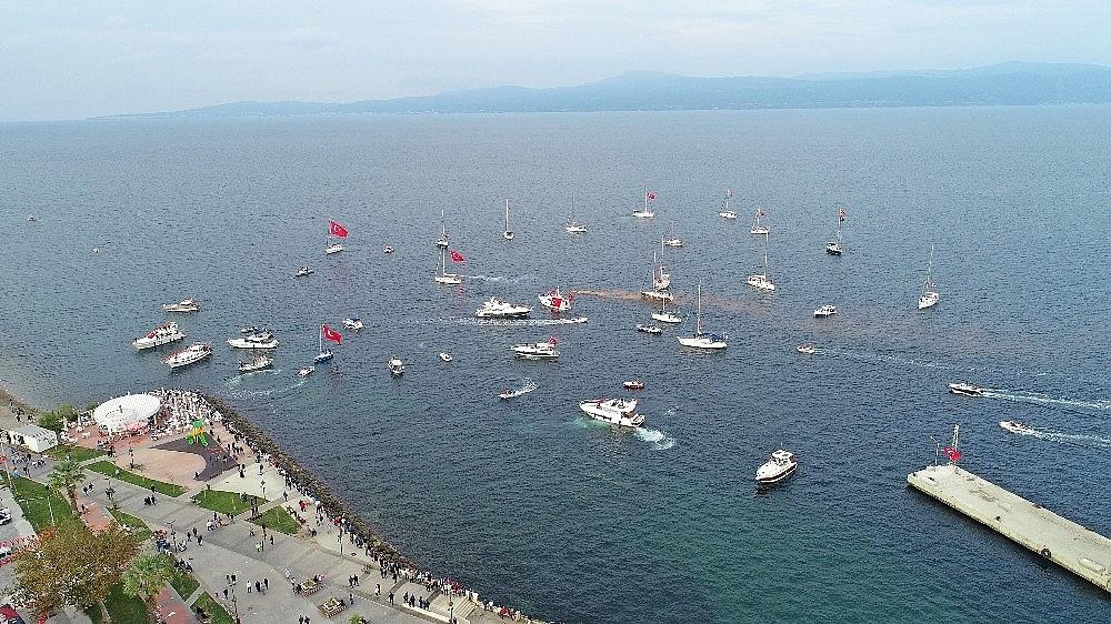 2020/10/mudanyada-teknelerle-cumhuriyet-korteji-20201029AW15-2.jpg
