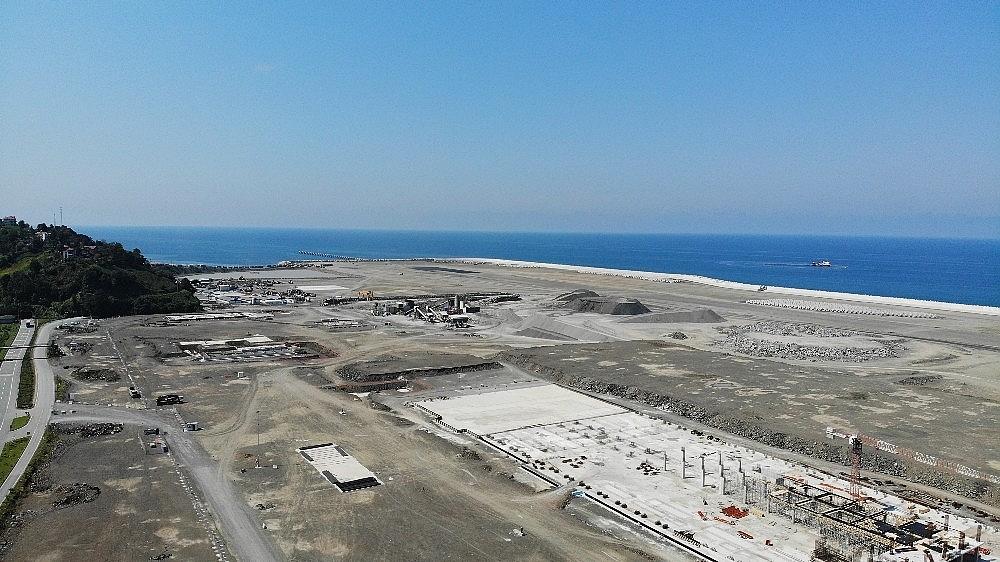 2020/10/rize-artvin-havalimani-projesine-600-donumluk-yeni-dolgu-alani-eklendi-20201013AW13-1.jpg