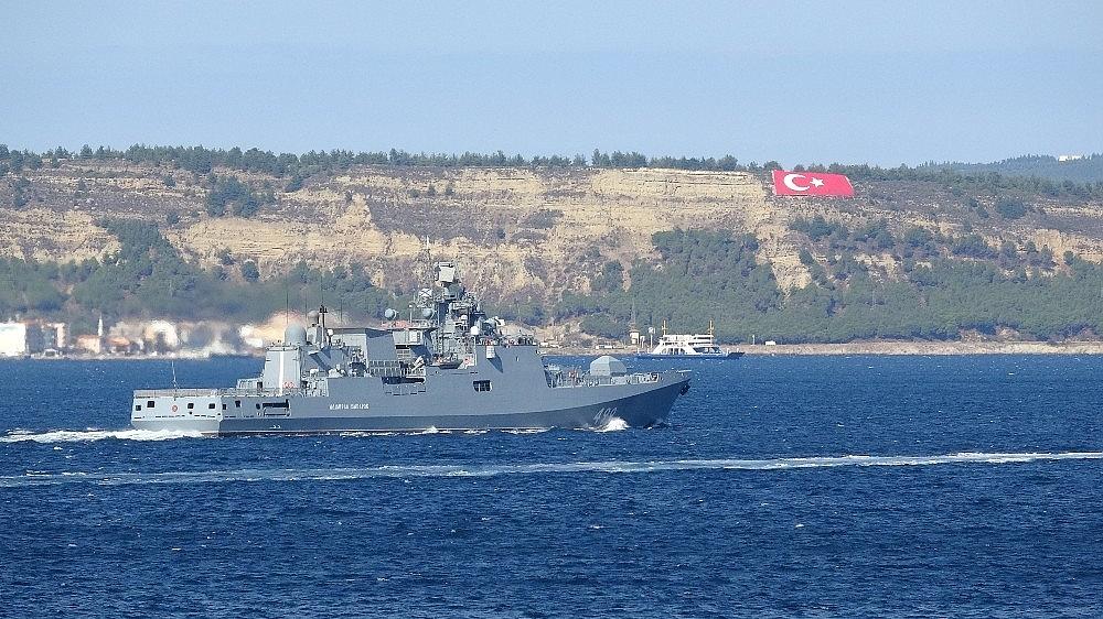 2020/10/rus-savas-gemisi-admiral-makarov-canakkale-bogazindan-gecti-20201019AW14-2.jpg