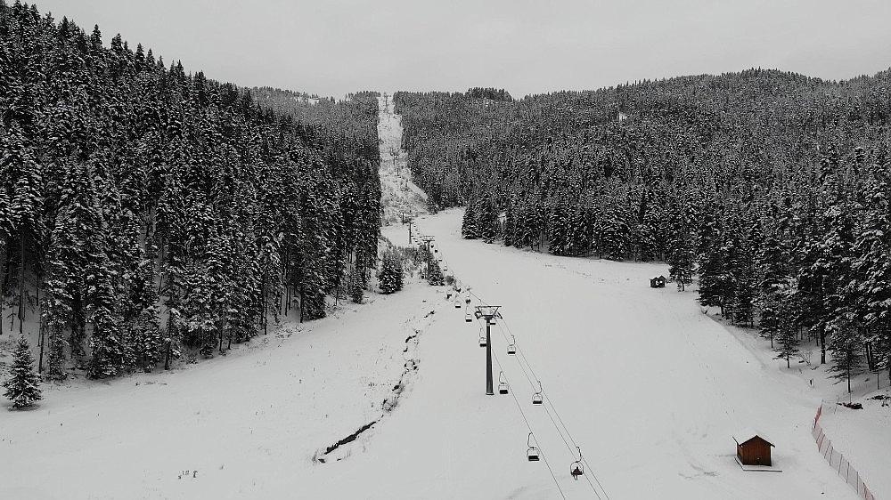 2021/01/anadolunun-yuce-dagi-ilgaz-beyaza-burundu-kar-kalinligi-40-santimetreyi-buldu-20210122AW22-3.jpg