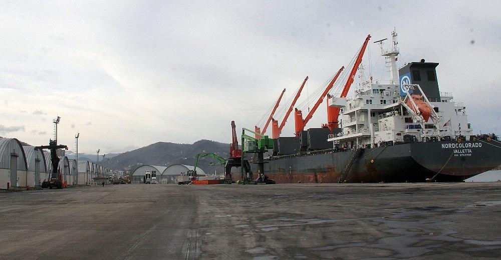 2021/01/giresun-limani-2021-yili-icin-hedef-buyuttu-20210121AW22-1.jpg