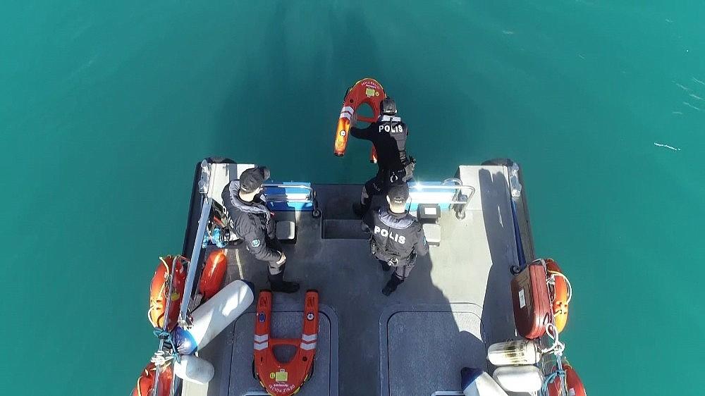 2021/02/deniz-polisi-elektronik-can-kurtarma-simidi-ile-hayat-kurtaracak-20210207AW23-6.jpg