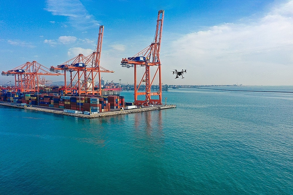 2021/02/mersinde-deniz-kirliligi-drone-ile-denetleniyor-20210214AW24-1.jpg