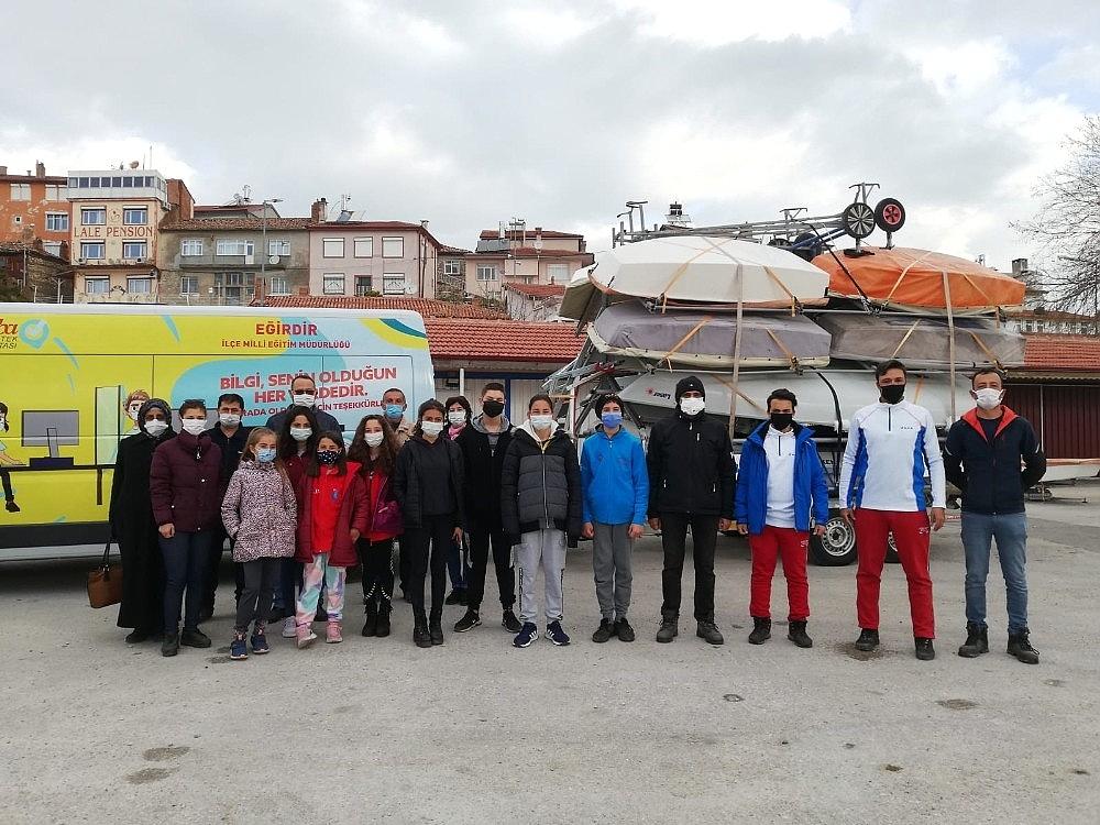 2021/03/egirdirli-yelkenciler-bodrumdan-4-madalyayla-dondu-20210318AW27-1.jpg