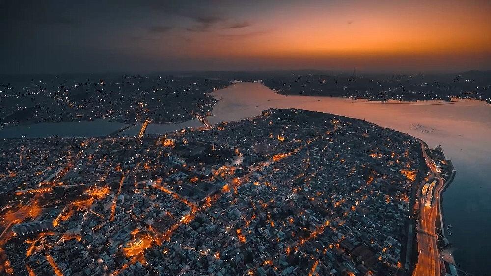 2021/03/ruslarin-gozunden-istanbul-izleyenleri-mest-etti-20210324AW27-9.jpg