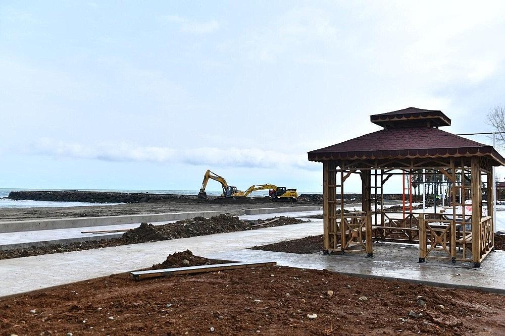 2021/03/yalincak-plaji-deniz-sezonuna-yetistirilecek-20210322AW27-1.jpg
